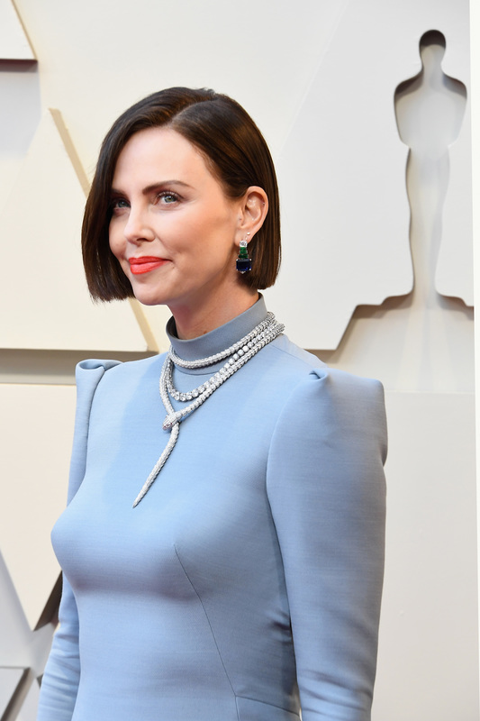 The Best Necklaces from the 2019 Academy Awards.  See our pics form Charlize Theron, Lady Gaga, Lauren Dern and more.