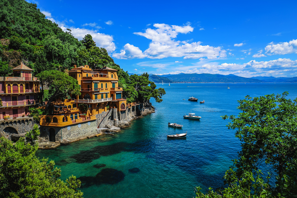 Perfect packing lists for all your summer adventures.  From the Italian Riviera to the American West, we have everything