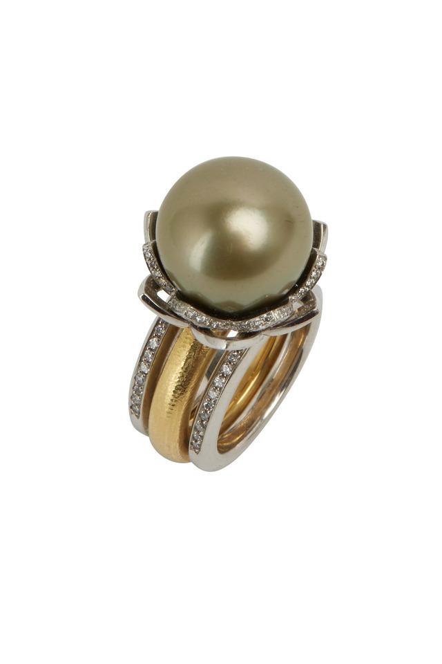 Yellow Gold Pistachio Pearl Diamond Lotus Ring