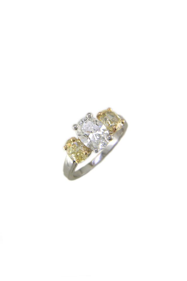 Platinum White & Fancy Diamond Ring