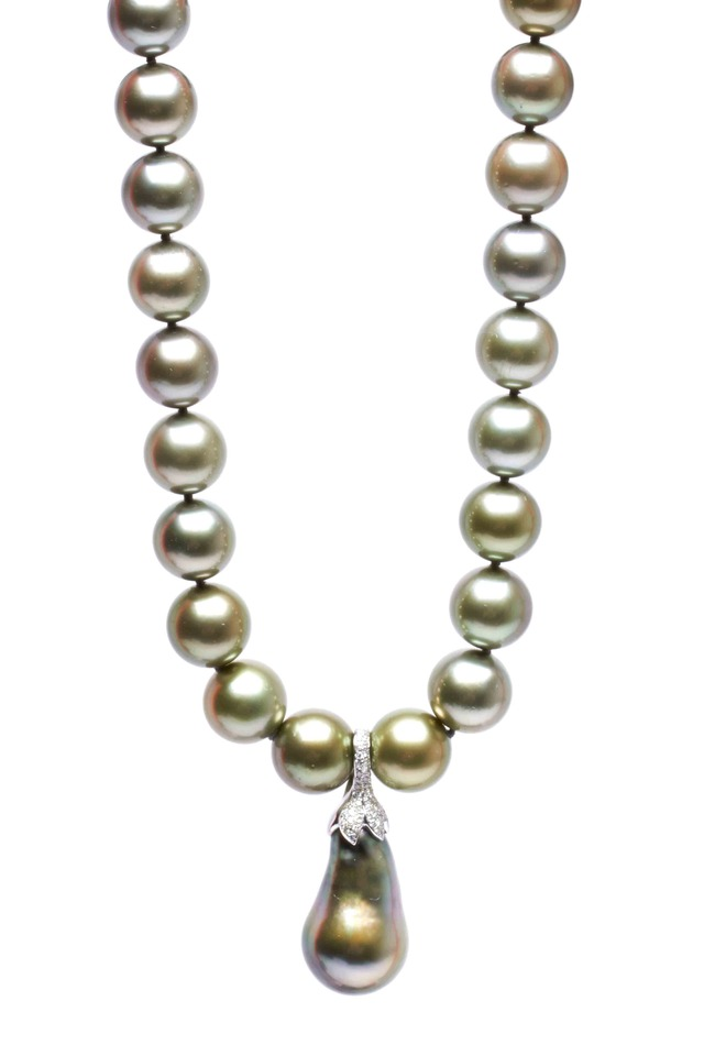 Grey Tahitian Pearl Diamond Necklace