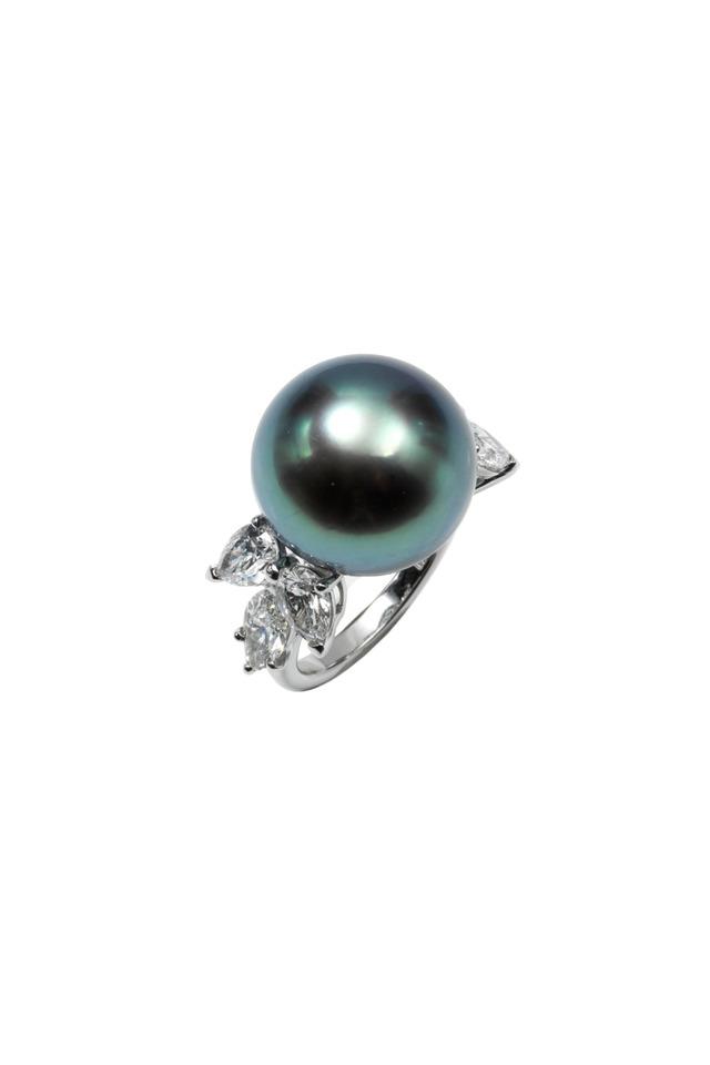 Platinum Tahitian Pearl Diamond Ring