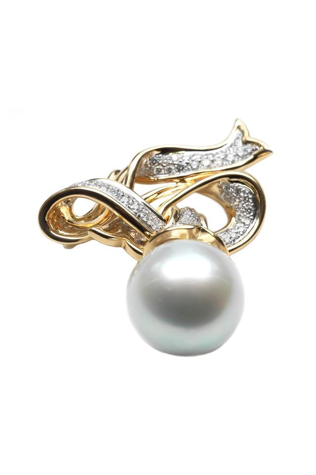 Gold & Silver Pearl Diamond Ribbon Brooch