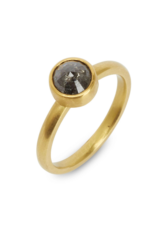 Yellow Gold Clear Black Diamond Ring
