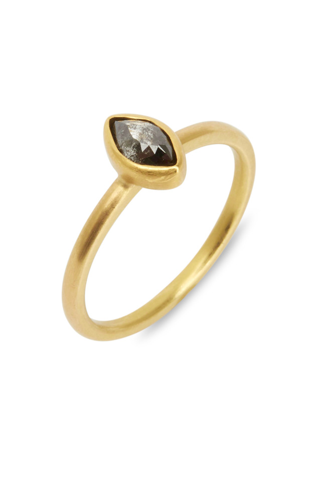 20K Yellow Gold Black Diamond Ring
