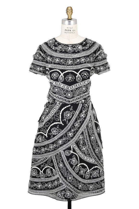 Oscar de la Renta Black Organza Embroidered Short Sleeve Dress