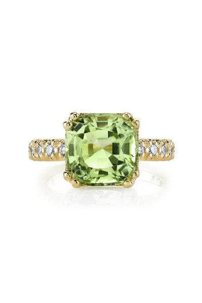 Aaron Henry - Yellow Gold Green Peridot White Diamond Ring