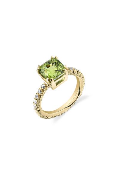 Aaron Henry - Yellow Gold Green Peridot Diamond Ring