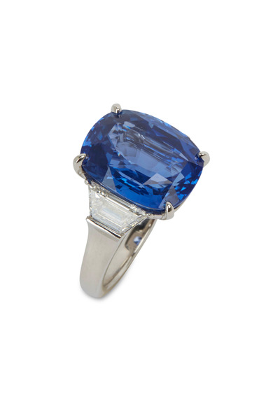 Eclat - Platinum & Ceylon Sapphire & Diamond Ring