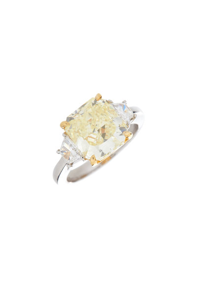 Louis Newman - Fancy Yellow Diamond Ring