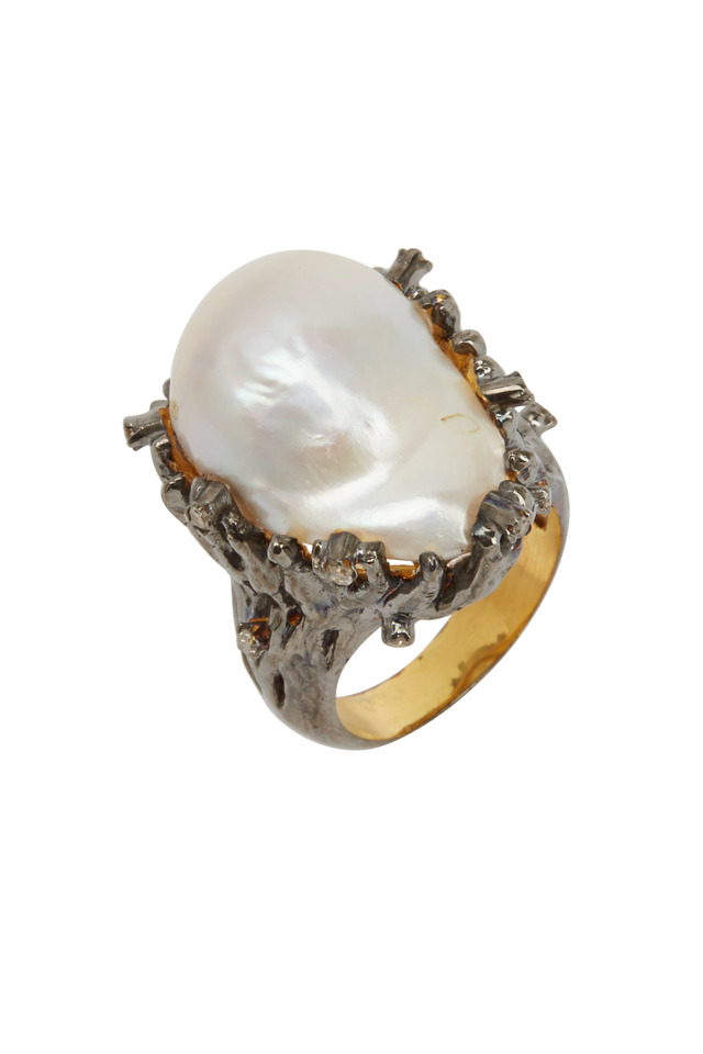 Gold Baroque Pearl Diamond Ring