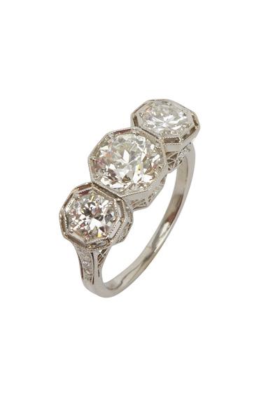 Fred Leighton - Art Deco Triple Diamond Ring