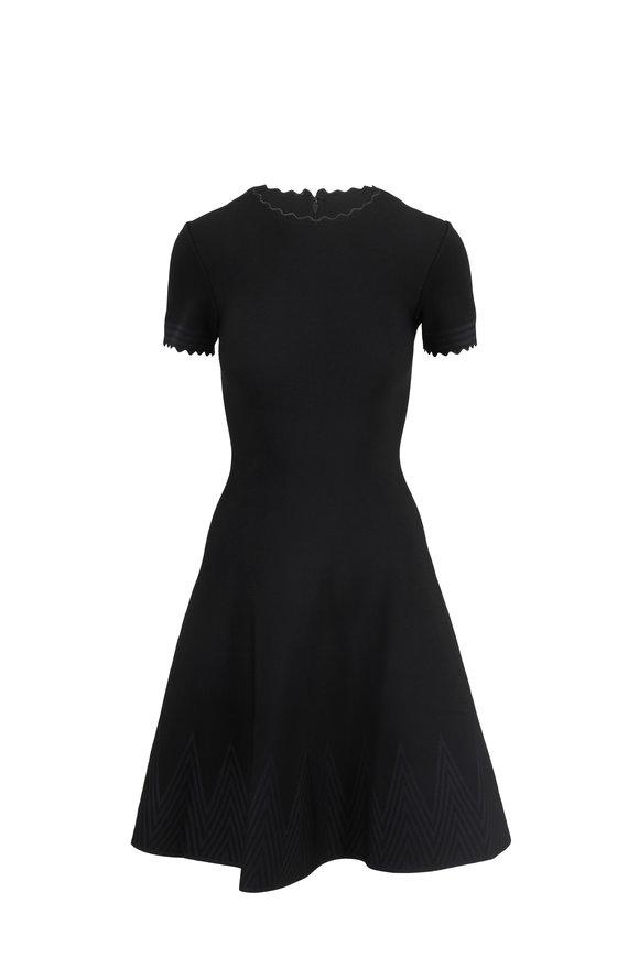 Carolina Herrera Black Scallop Short Sleeve Knit Dress