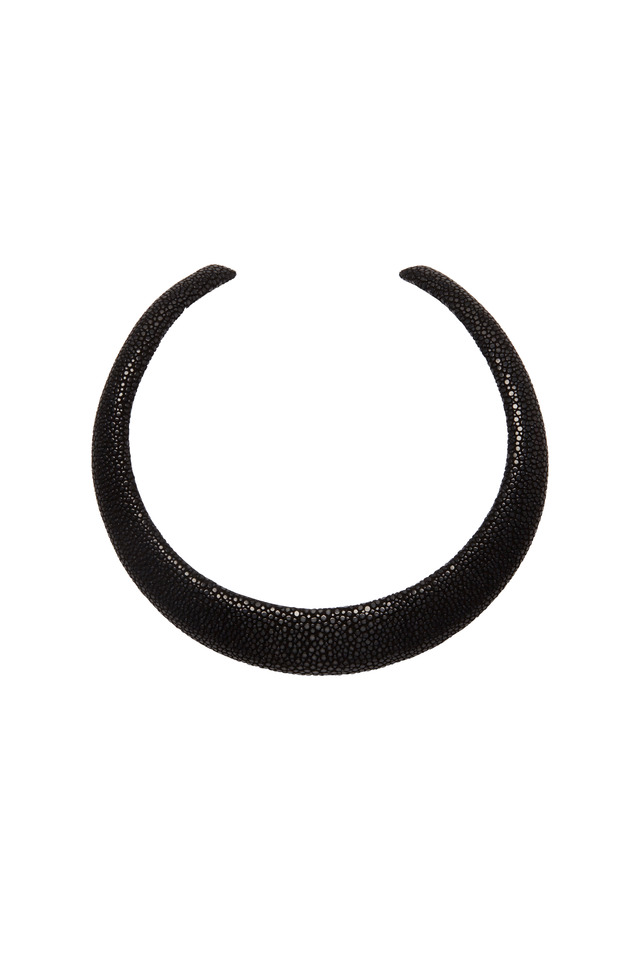 Raya Black Stingray Collar Necklace