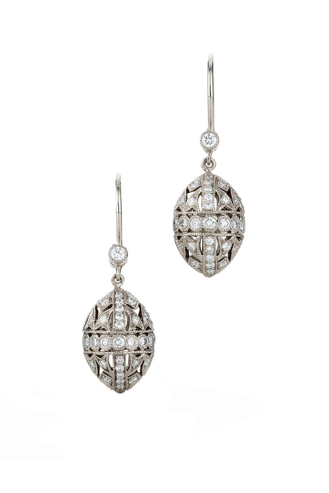 Vintage White Gold Diamond Capsule Dangle Earring