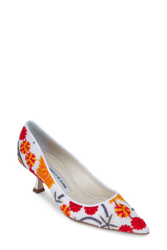 Manolo Blahnik Lisa Lasaka White Embroidered Pump, 50mm