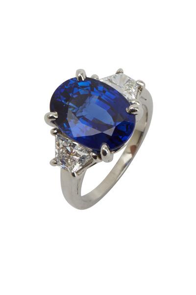 Oscar Heyman - Platinum Sapphire & Diamond Cocktail Ring