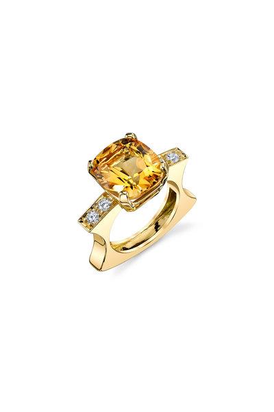 Aaron Henry - 18K Yellow Gold Citrine & Diamond Ring