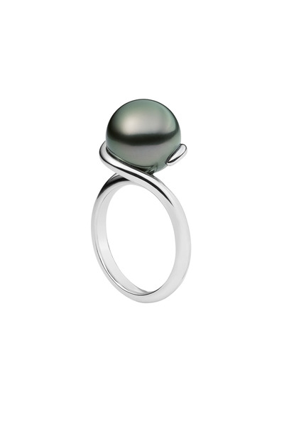 Mikimoto - White Gold Black Pearl Ring