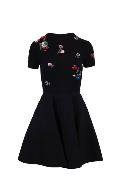 Valentino - Black Embroidered Flowers Knit Short Sleeve Dress