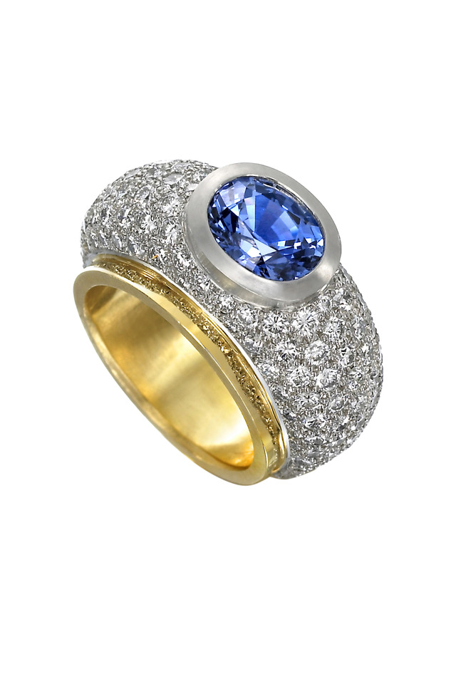 Luz Du Sol Yellow Gold Sapphire Diamond Ring