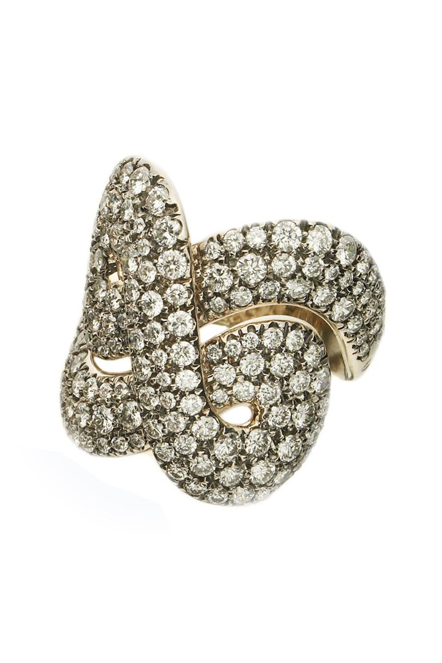 Noble Gold Diamond Celtic Ring