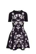 Oscar de la Renta - Navy & White Floral Short Sleeve Fit & Flare Dress