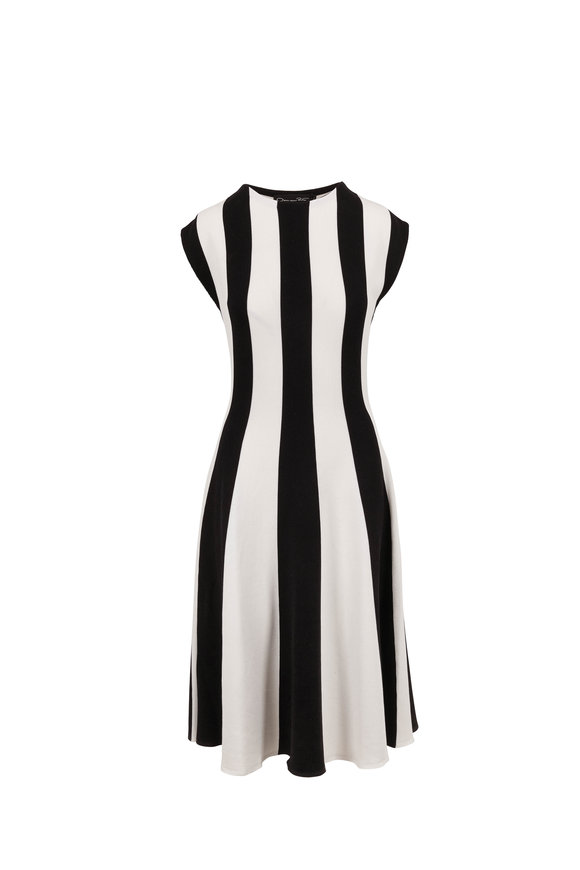 Oscar de la Renta Off White & Black Silk Knit Cap Sleeve Dress