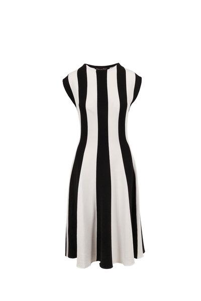 Oscar de la Renta - Off White & Black Silk Knit Cap Sleeve Dress