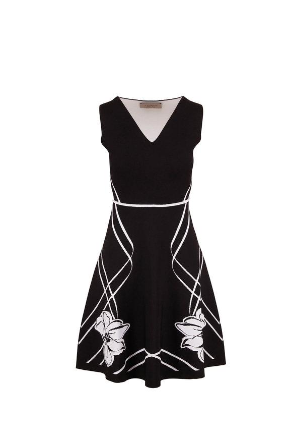 D.Exterior Black & White Jacquard Reversible Sleeveless Dress