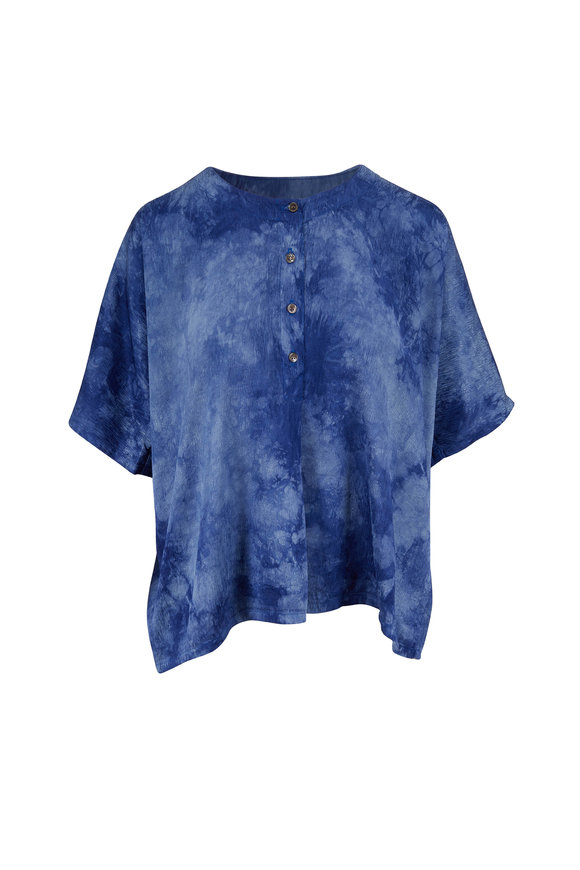 Raquel Allegra Blue Henley Tie-Dye Three-Quarter Button Top