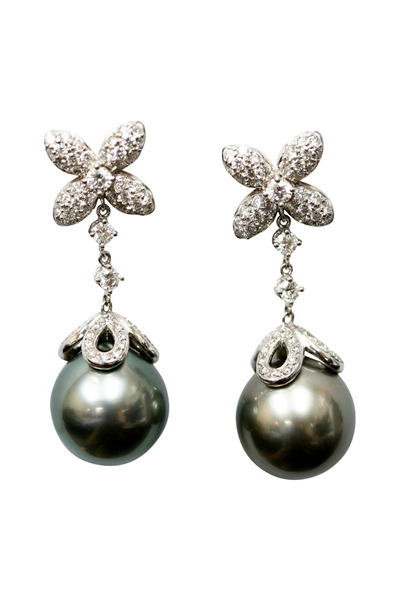 Assael - White Gold Pearl Drop Earrings