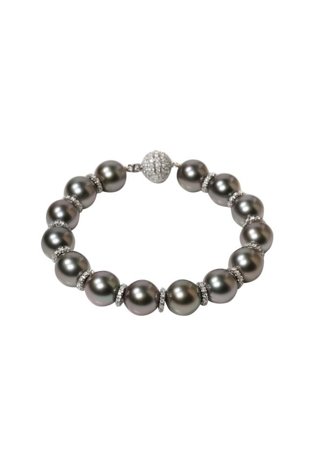 Tahitian Pearl White Gold Diamond Bracelet