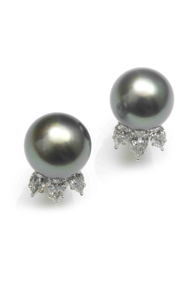 Tahitian Pearl Stud Diamond Earrings