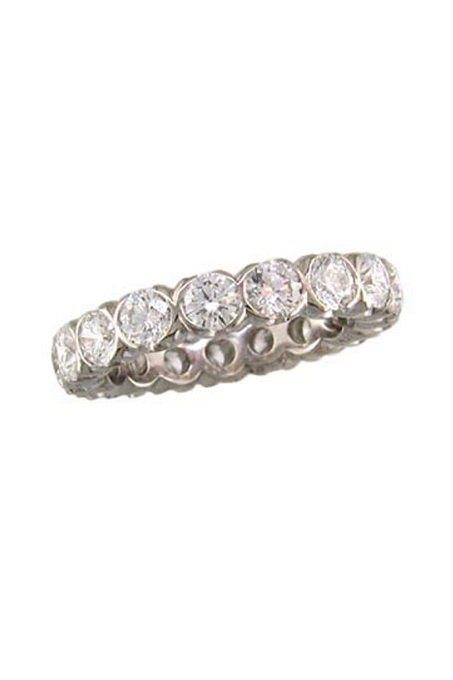 Platinum Diamond Fishtail Guard Ring