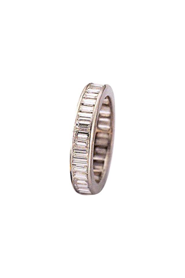 Cross Set Baguette Diamond Guard Ring