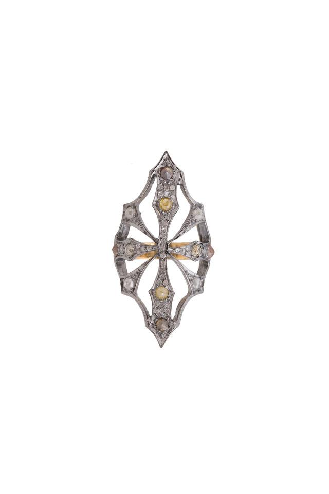 Vertical Openwork Diamond Ring