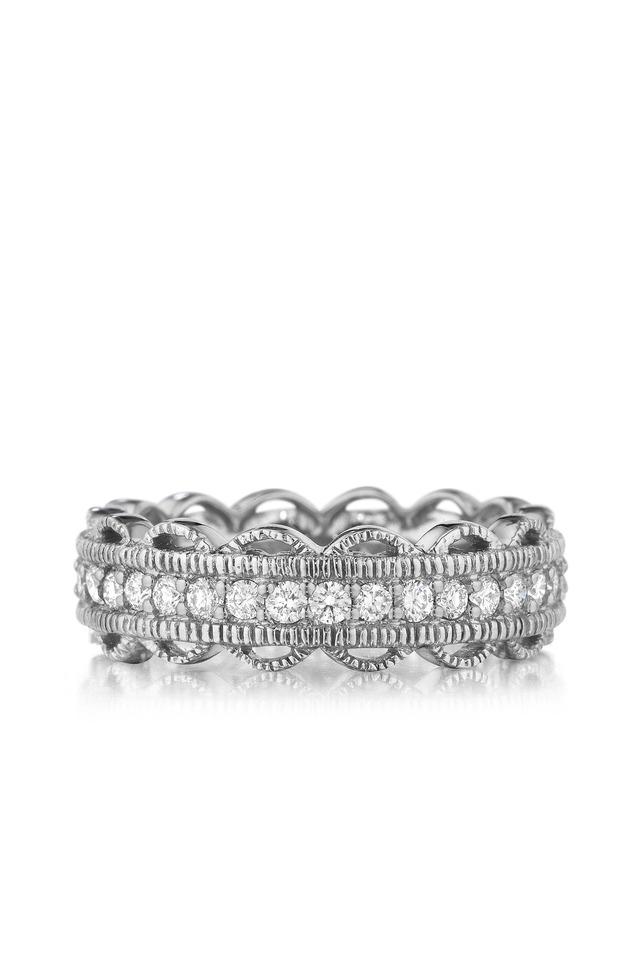 Scalloped Edge Diamond Band Ring