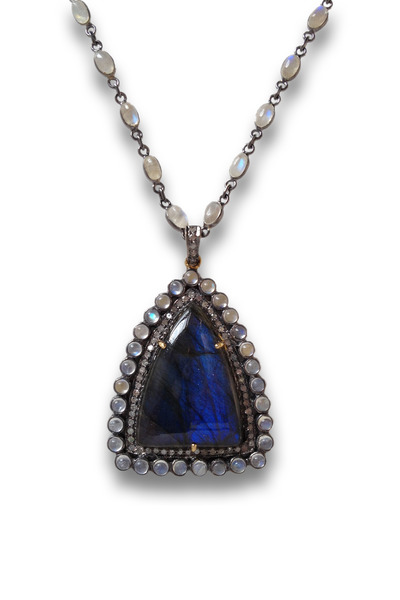 Loriann - Labradorite Moonmagic Necklace