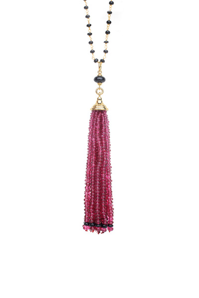 Syna - Yellow Gold Pomegranate And Black Spinel Pendant
