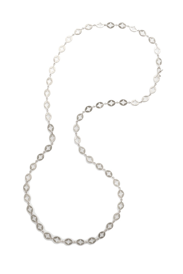 White Gold Oval Aladdin Disk Chain Link Necklace