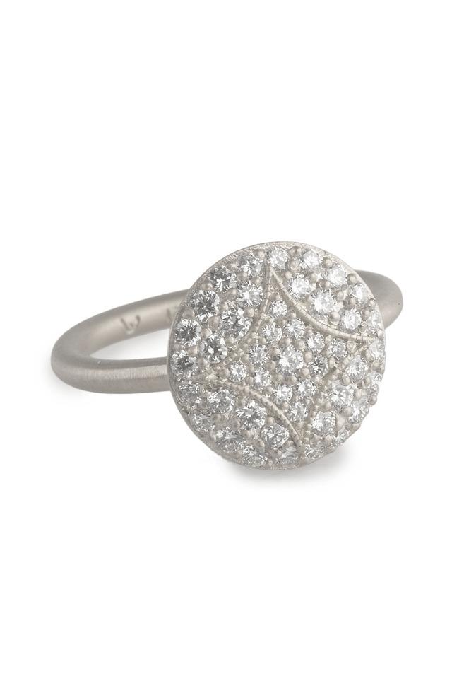 Aladdin White Gold Pavé Diamond Ring