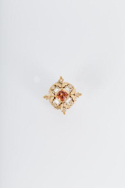 Sylva & Cie - Yellow Gold Malayan Garnet Diamond Cocktail Ring