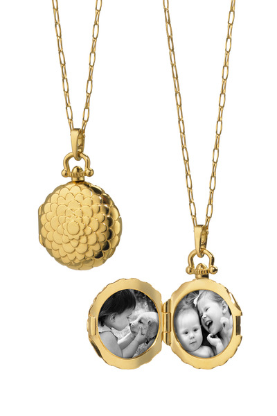 Monica Rich Kosann - Yellow Gold Diamond Scallop Locket