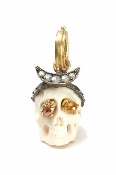 Sylva & Cie - Lucy Sterling Silver Gold Diamond Skull Pendant