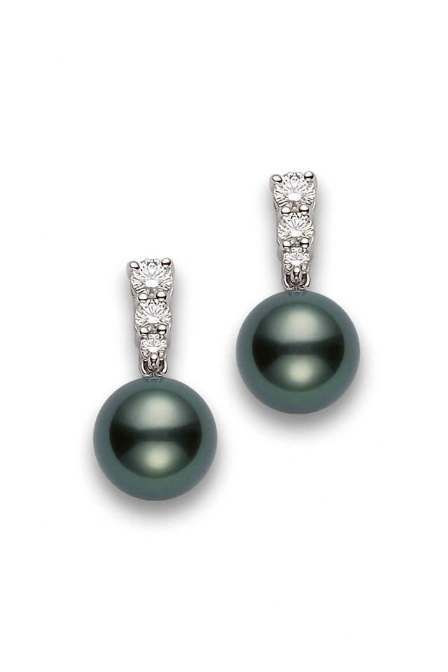 White Gold Tahitian Pearl Diamond Earrings