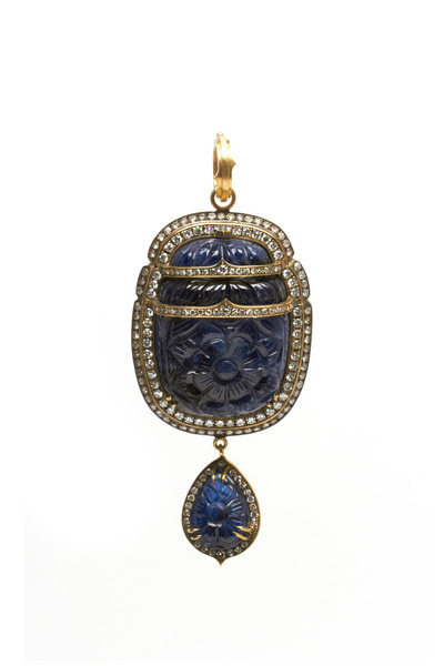 Sylva & Cie - Gold Burma Carved Blue Sapphire Diamond Pendant
