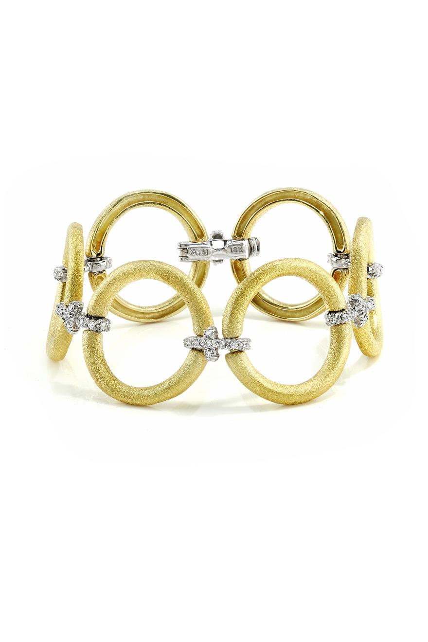 Yellow Gold Circle Diamond Bracelet