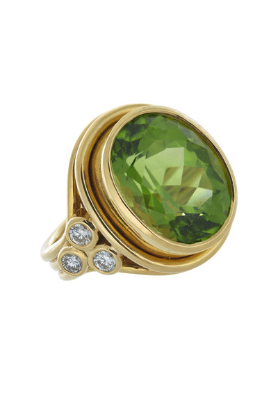 Temple St. Clair - 18K Yellow Gold Peridot Cocktail Ring