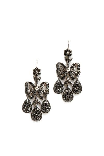 Nam Cho - White Gold Diamond Girandole Chandelier Earrings